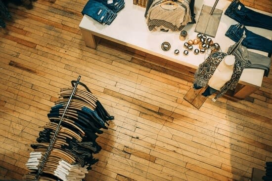 shop at discount stores so you can save money on clothes